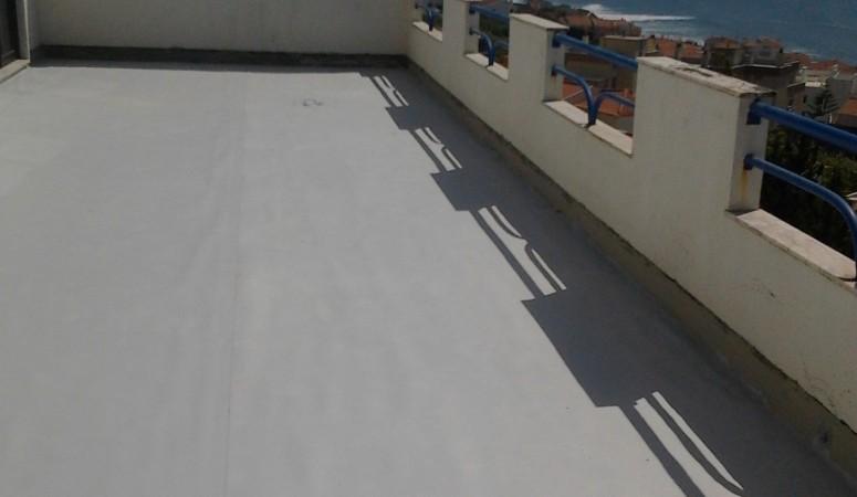 Terraço impermeabilizado com Membrana em PVC - Impermeabilização em Peniche - I9 Imper